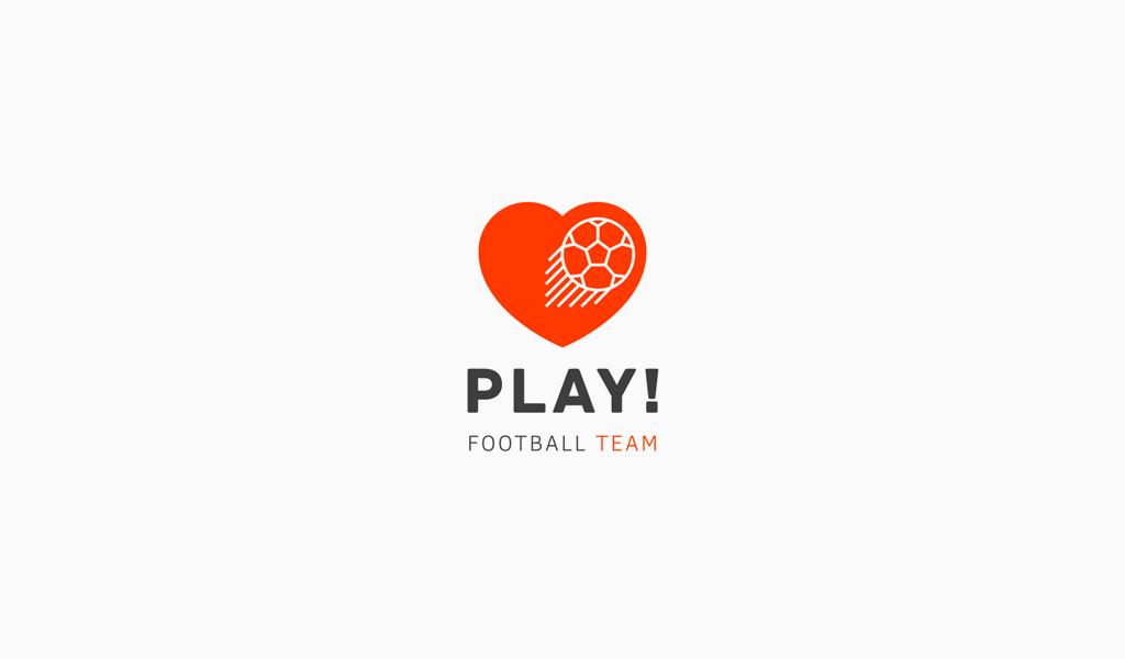 Логотип спортивной команды: футбольный мяч и сердце